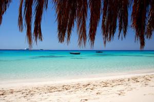 egypt beach luxury yoga retreat with yoga escapes