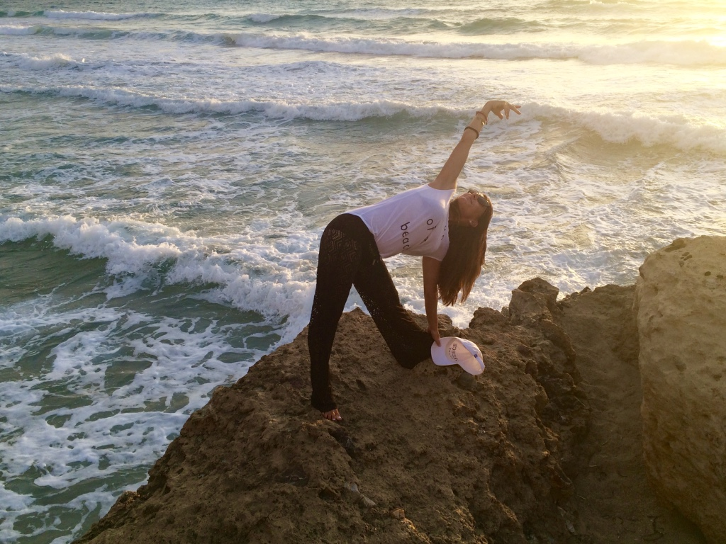 evening-sunset-yoga-crete-greece