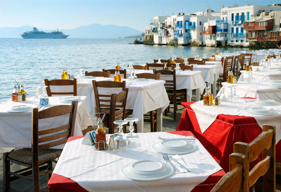 little-venice-dinner-mykonos-greece-yoga-escapes
