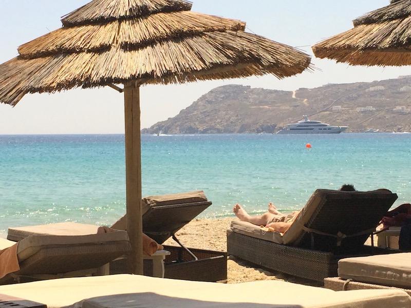sunbeds-umbrellas-beach-mykonos-greece