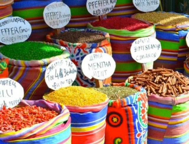 Spice market on a luxury yoga retreat in Egypt with Yoga Escapes.