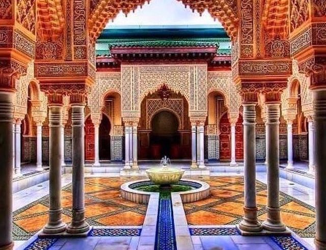 visiting riads in Morocco on a yoga retreat in Marrakesh