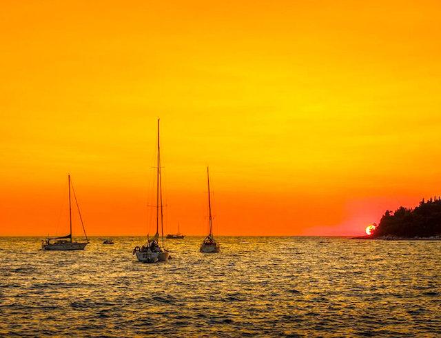 sunset in rovinj on a luxury yoga retreat in croatia
